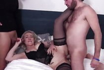 French mature prostitute fuck DP hard